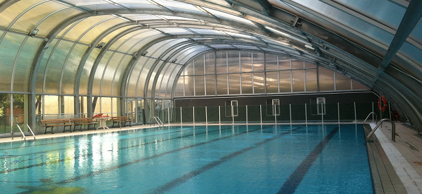 nos vamos a una piscina con historia el blog de la emt