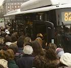 Otra vez dos autobuses juntos ¡Grrrr!