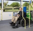 Los usuarios en silla de ruedas no tendrán que validar obligatoriamente su título de transporte