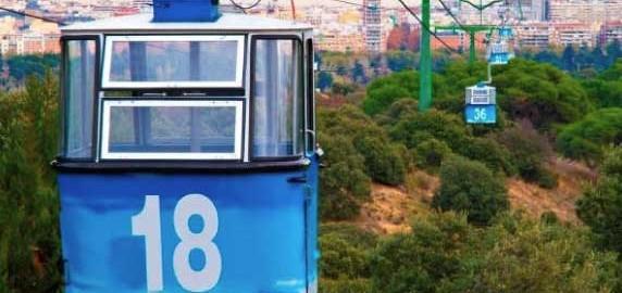 Jóvenes, desempleados y familias numerosas se beneficiarán de tarifas reducidas en Teleférico
