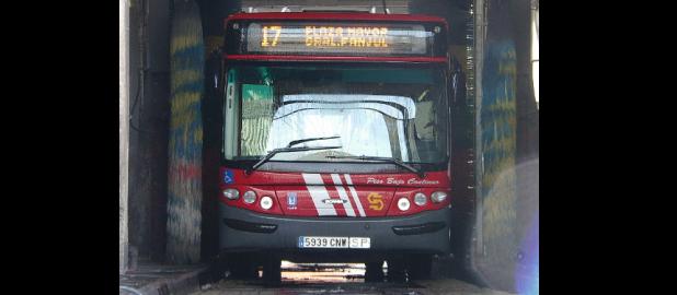 EMT pone en venta 30 autobuses de segunda mano